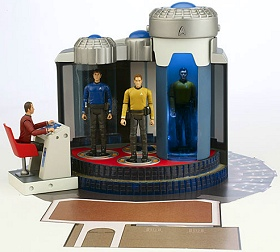 Star Trek (2009) U.S.S. Enterprise transporter room playset and Galaxy Collection figures