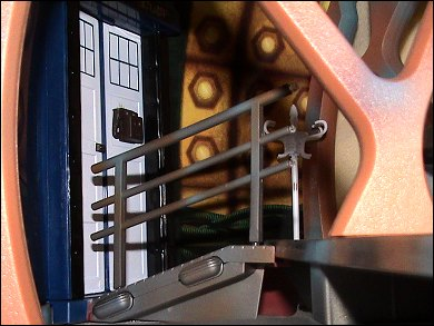 Doctor Who TARDIS playset - photo copyright 2007 Earl Green / theLogBook.com