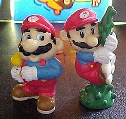 Super Mario Bros. figures - photo copyright 2000 Earl Green / theLogBook.com