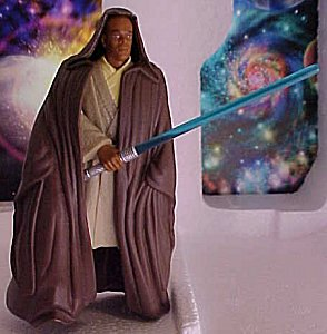 Star Wars Episode I Mace Windu figure - photo copyright 1999 Earl Green / theLogBook.com
