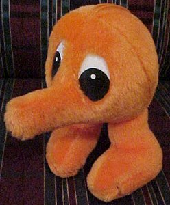 Q*Bert figures - photo copyright 2000 Earl Green / theLogBook.com